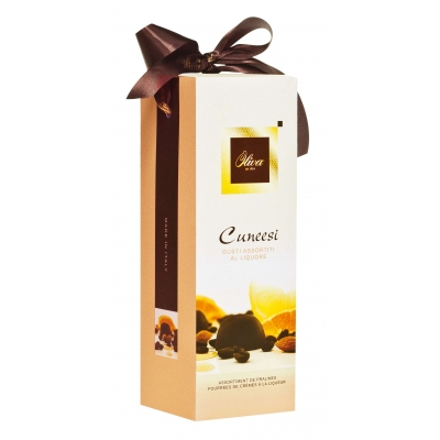 Фото упаковки конфет Oliva ассорти пралине Cuneesi Assortiti liquore