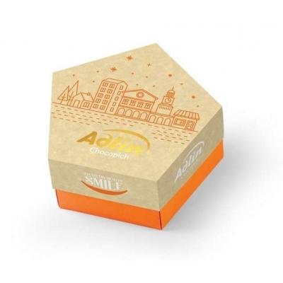 Фото упаковки конфет Adlin из царской халвы в шоколадной глазури со вкусом миндаля 150г