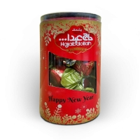 Конфеты с халвой, пашмалой, царской халвой от иранской кондитерской фабрики в праздничной новогодней упаковке