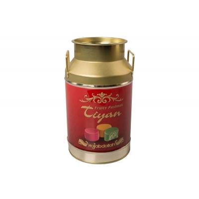 """Фото упаковки конфет Hajabdollah """"Тиянь Бордовая"""" из царской халвы в фруктовой глазури со вкусами апельсина, дыни, клубники 300 грамм жестяной бидон"""